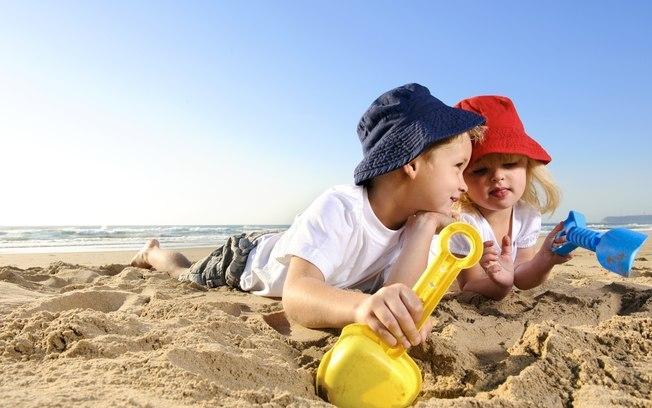 crianças_praia_mon_petit
